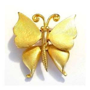 "Vintage Gold Tone Butterfly Brooch  2"" Tall x 1.75"
